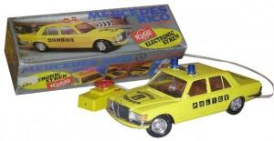 Coche-Policia-Rico