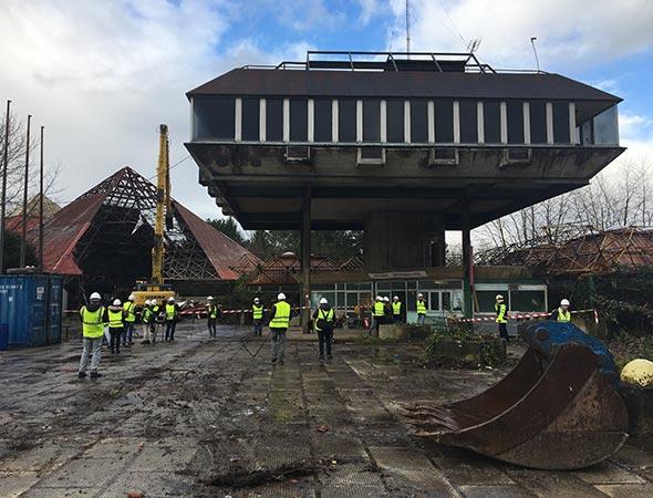 Comienza La Demolicion Del Parque De Atracciones De Bilbao Todo Un